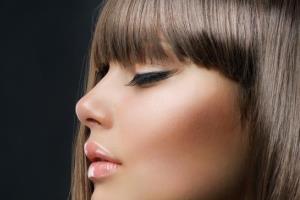 ترفند آرایشی برای خوش فرم نشان دادن بینی بزرگ
