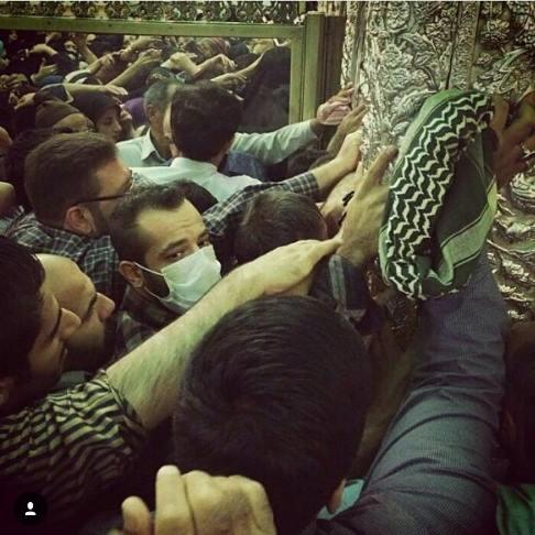عکس جدید خواننده رپ امیر تتلو در حرم امام رضا