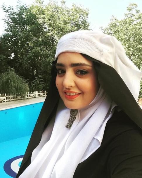 عکس های گریم نرگس محمدی شبیه به دختران ایرانی قدیمی!