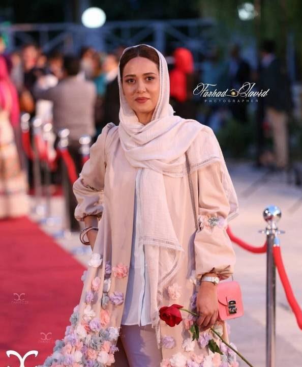 قیمت مدل مانتو های میلیونی بازیگران ایرانی در جشن حافظ +عکس