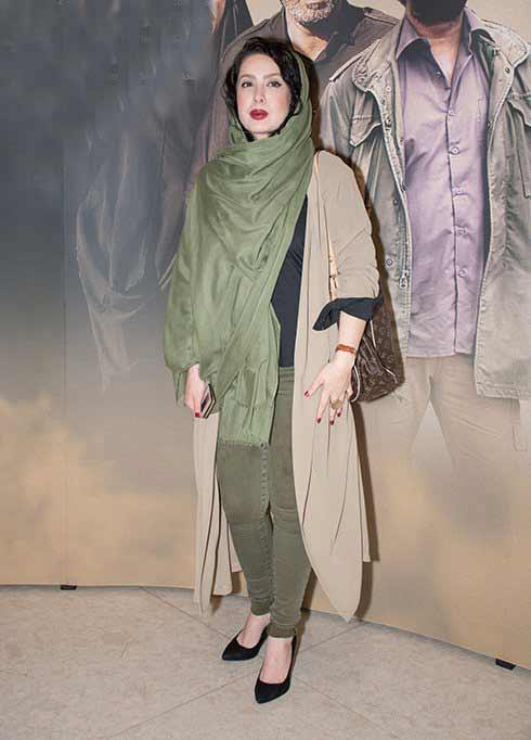 عکس مدل لباس نازنین کریمی در اکران خصوصی فیلم هیهات