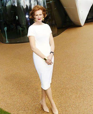 جولیا پیتون-جونز، یکی از مدیران گالری سرپنتاین