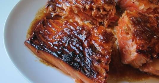 ماهی سالمون با سس سویا