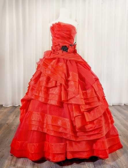 گالری تصاویر جدید مدل لباس مجلسی شب بلند زنانه دانتل دار