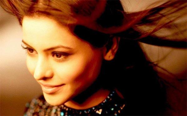 عکس های بازیگر نقش مسکان در سریال جدایی ناپذیر با بازی آمنا شریف کاپور