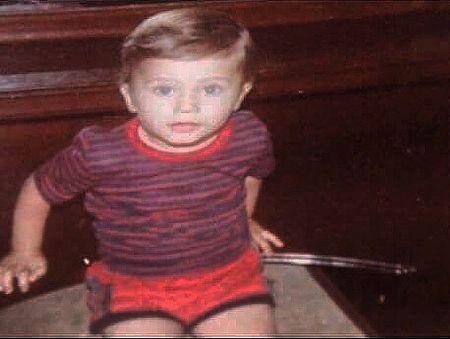 عکس برادر الناز شاکردوست در کودکی