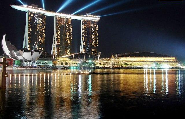 Photo of ترسناک ترین استخر جهان در سنگاپور