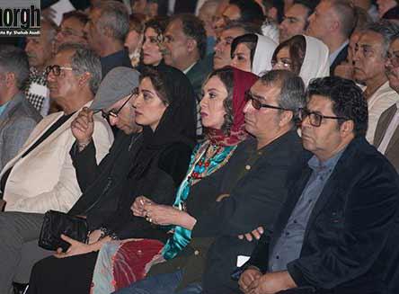 عکس مینا ساداتی در کنار افسانه بایگان