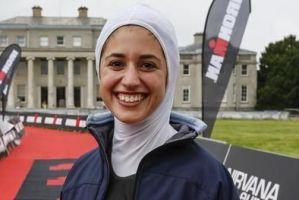 عکس های دختر ایرانی شیرین گرامی با حجاب کامل در مسابقات قوی ترین مردان