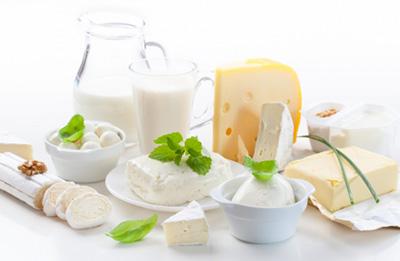 اگر لبنیات نخورم آیا به ضرر ما است و چه اتفاقی در بدن رخ می دهد؟