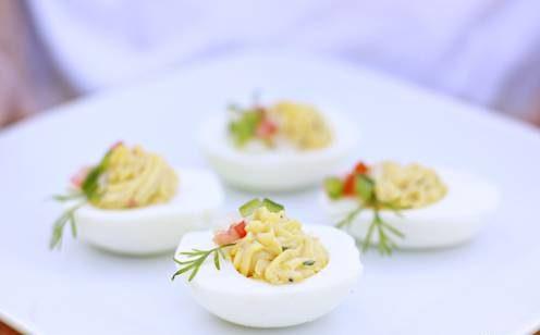 تخم مرغ شکم پر