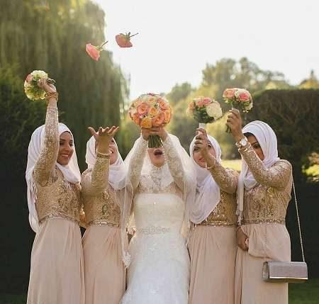 عکس های ژست و فیگور عروس در کنار ساقدوشان و دوستانش