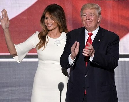 عکس های لخت و جنجالی ملانیا ترامپ همسر دونالد ترامپ نامزد ریاست جمهوری آمریکا