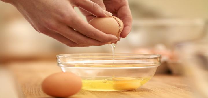 ایا خوردن تخم مرغ خام ضرر دارد؟