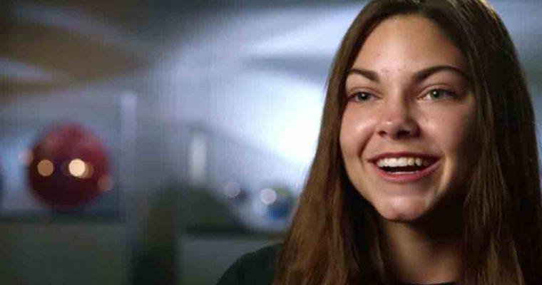 این دختر 15 ساله اولین انسانی است که پا بر مریخ می گذارد و تا آخر عمر مریخ می ماند!