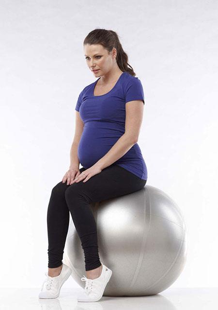با انجام این تمرینات ورزشی درد سیاتیک دوران باردرای را کم کنید