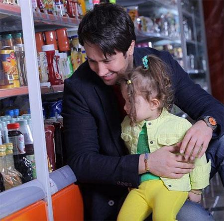جدیدترین عکس های شاهرخ استخری و دختر جذابش پناه
