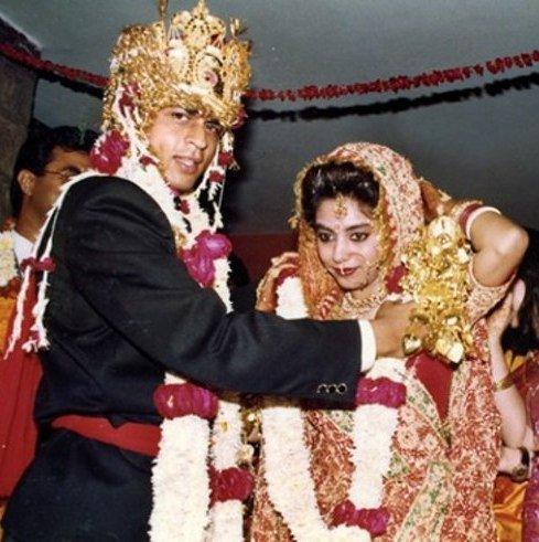 عکس شاهرخ خان بازیگر مرد هندی در سالگرد ازدواجش