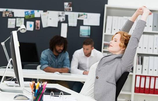 روش ورزش دادن عضلات شکم سر کار و هنگام کار کردن