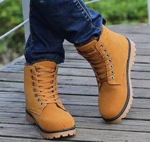 راهنمای کامل خرید کفش مناسب برای فصل سرما و زمستان