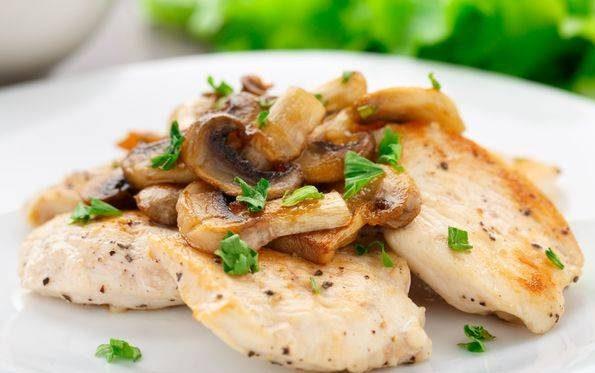 خوراک مرغ فرانسوی