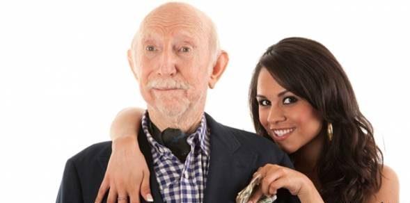 ازدواج دختران جوان با پیرمردهای سالخورده چه پیامدهایی دارد؟