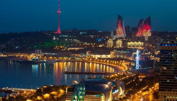 راهنمای سفر به باکو پایتخت آذربایجان که بسیار شبیه به شهرهای ایران است