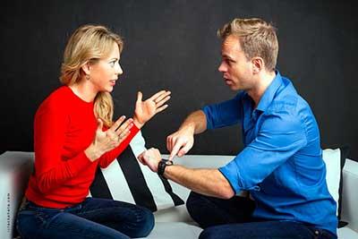 دلیل خیانت کردن مرد با وجود داشتن همسر زیبا و متعهد چیست؟