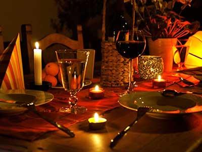 در اولین قرار عاشقانه و اولین قرار دوستی این غذاها را هرگز نخورید!