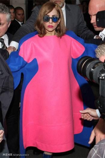 لباس خنده دار لیدی گاگا lady Gaga