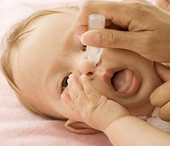 رفع گرفتگی بینی نوزاد و راه درمان گرفتگی بینی نوزادان