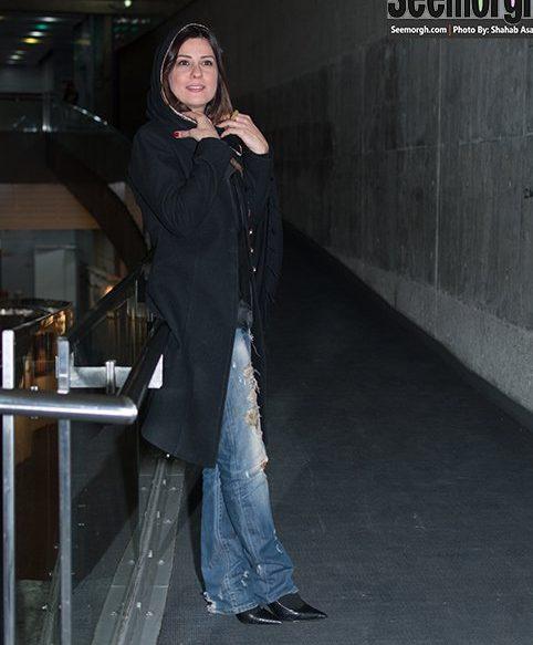 عکس بازیگر زن ایرانی با شلوار پاره در مراسم اکران فیلم