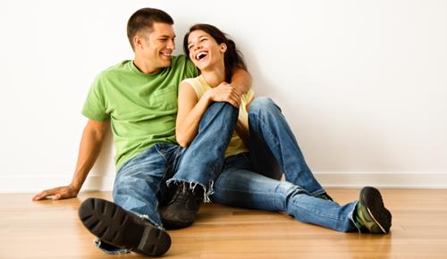 نحوه ابراز عشق مرد به زن و 10 نشانه از عشق مردان