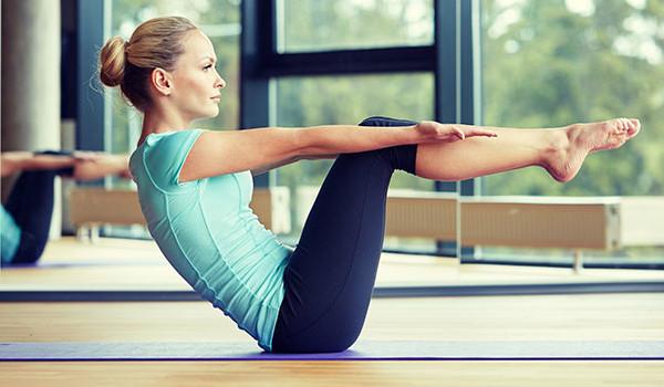 ورزش یوگا بهتر است یا پیلاتس؟ کدام ورزش برای بدن شما بهتر است؟