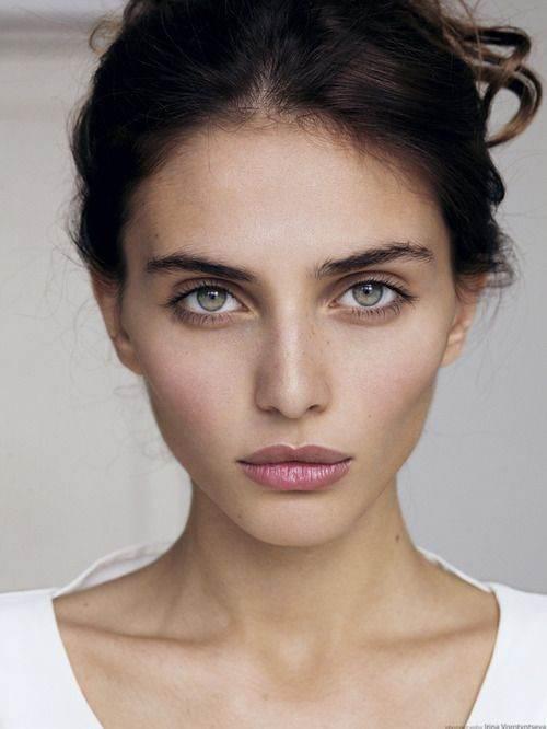 تصاویر زیباترین مدل آرایش های صورت ملایم