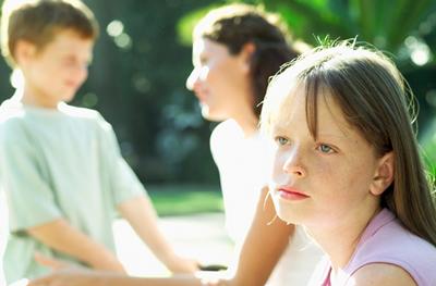 چرا نباید بین فرزندان فرق گذاشت؟ عواقب فرق گذاشتن