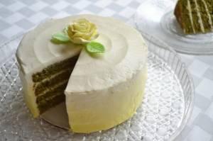 کیک لیمویی با طعم چای سبز