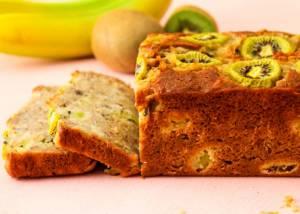 کیک موز و کیوی