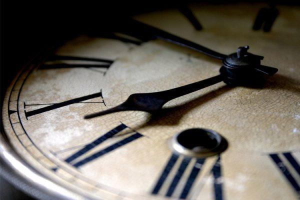 گذر زمان و بالا رفتن سن
