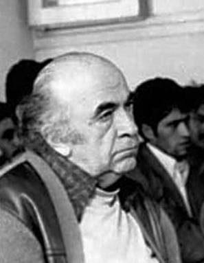 امیر عباس هویدا