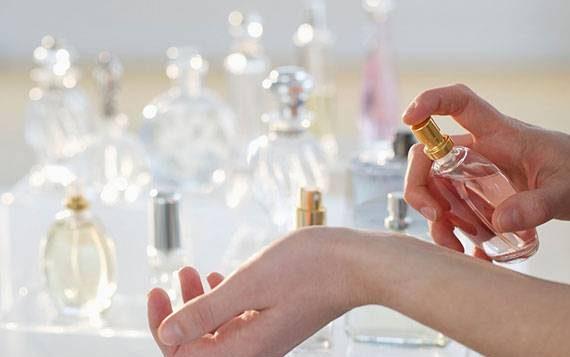 استفاده متفاوت از عطر و ادکلن در خانه