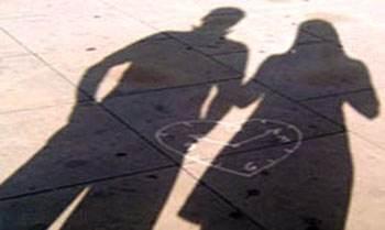 رابطه دختر جوان با مرد 40 ساله در خانه خالی از سکنه و بدبخت شدن وی