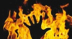 زن جوان به دلیل اشتباه پزشکی زنده زنده سوزانده شد!
