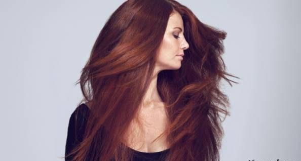 اگر موهای نرم، قوی و پرپشت می خواهید حنا بزنید