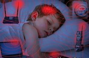 خطرات امواج الکترومغناطیس (امواج موبایل و پارازیت) بر کودکان