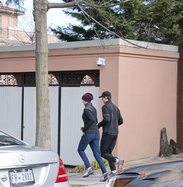عکس های ایوانکا ترامپ و همسرش در حال ورزش کردن