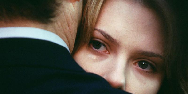 5 دلیل برای اینکه به رابطه کسی که شما را آزار داده نباید برگردید
