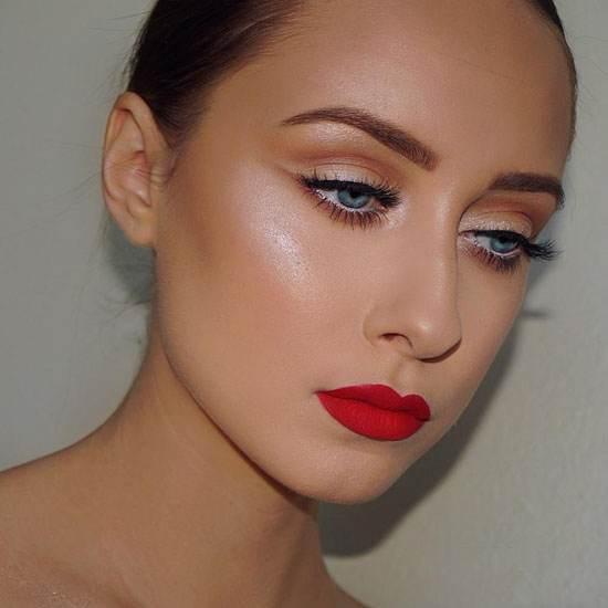 عکس های جدیدترین مدل های آرایش ملایم کریستینا