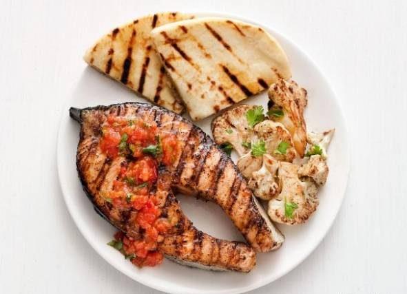 طرز تهیه کباب ماهی با کره و گوجه فرنگی