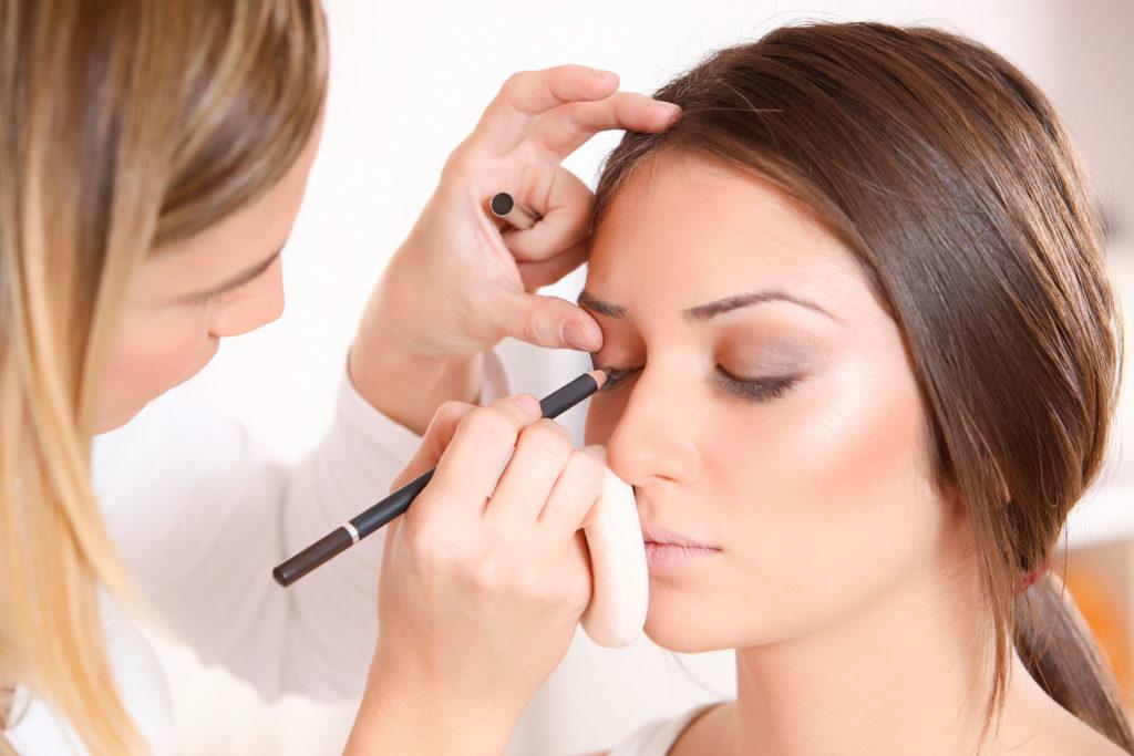 اطلاعاتی در مورد آرایش که موجب جذاب شدن آرایش شما می شود